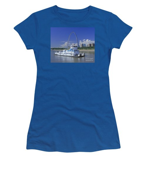 Memco Towboat In St Louis Women's T-Shirt (Junior Cut) by Garry McMichael