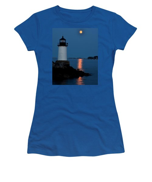 Moon Over Winter Island Salem Ma Women's T-Shirt (Athletic Fit)