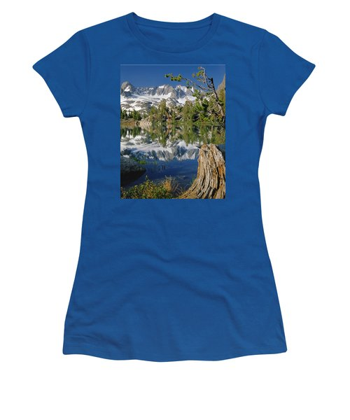 2m6443-v-palisade Peaks And Summit Lake V Women's T-Shirt