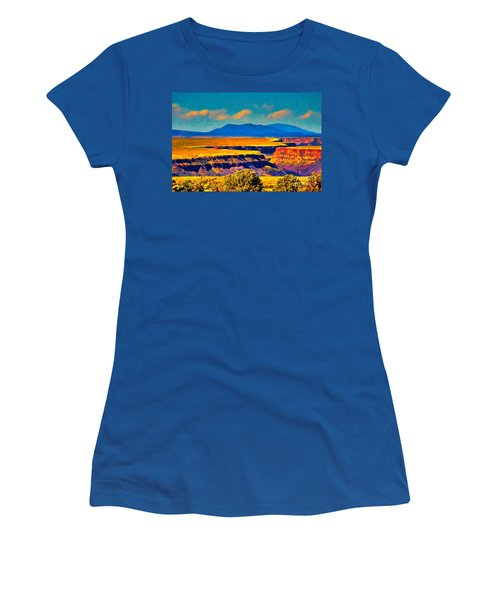 Rio Grande Gorge Lv Women's T-Shirt (Athletic Fit)