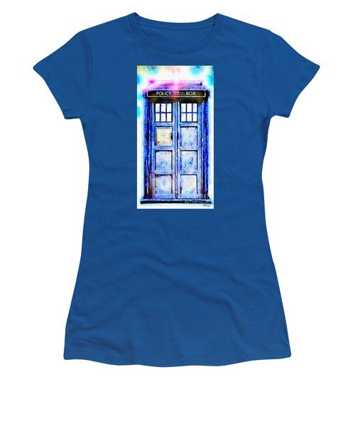 The Tardis Women's T-Shirt