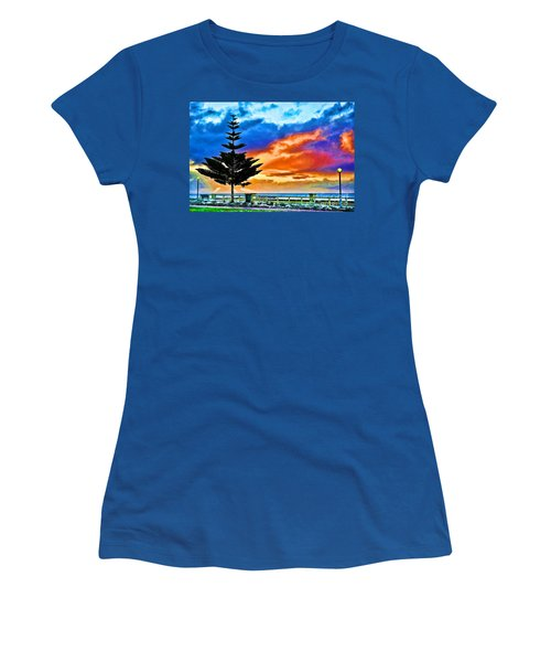 Tree And Sunset Women's T-Shirt