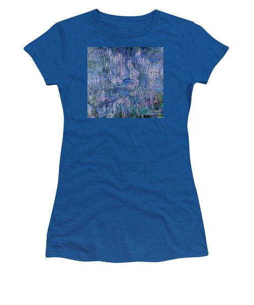 Waterlilies And Reflections Of A Willow Tree Women's T-Shirt