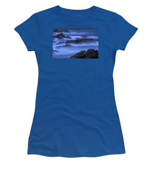 Women's T-Shirt (Junior Cut) featuring the photograph Big Sur Mist by William Lee