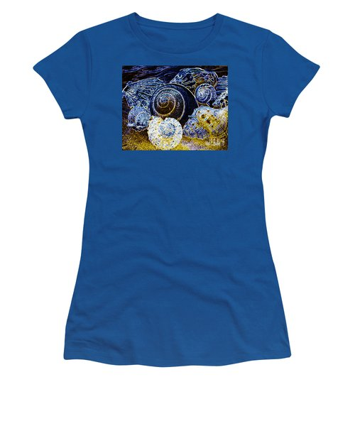 Abstract Seashell Art Women's T-Shirt (Athletic Fit)