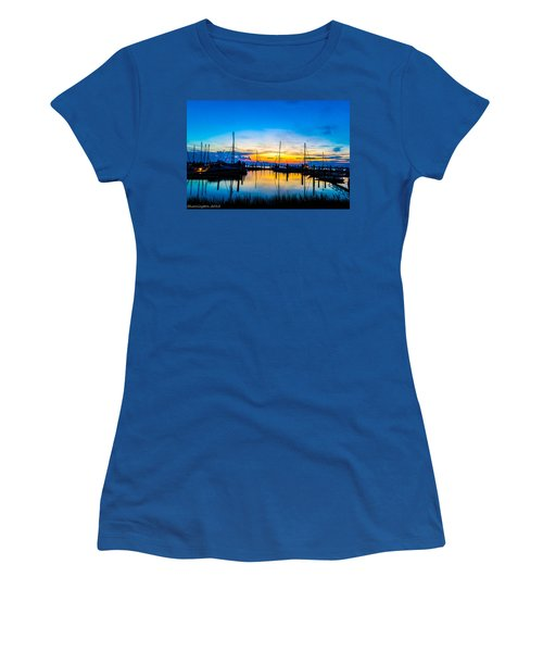 Peacefull Sunset Women's T-Shirt (Athletic Fit)