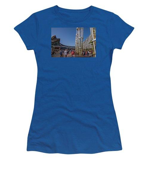 Women's T-Shirt (Junior Cut) featuring the photograph Target Plaza by Tom Gort