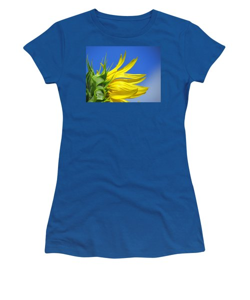 Waving Goodbye To Summer Women's T-Shirt (Athletic Fit)