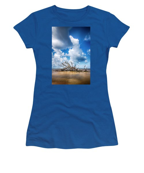 Women's T-Shirt (Athletic Fit) featuring the photograph Driftwood Sky by Alan Raasch