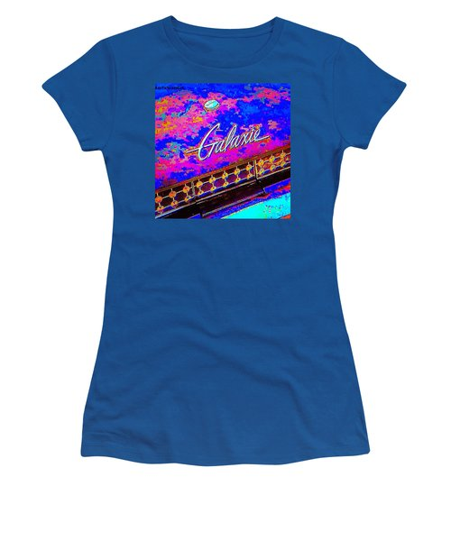 I Am Bindging On #psychedelic Sunday Women's T-Shirt (Athletic Fit)