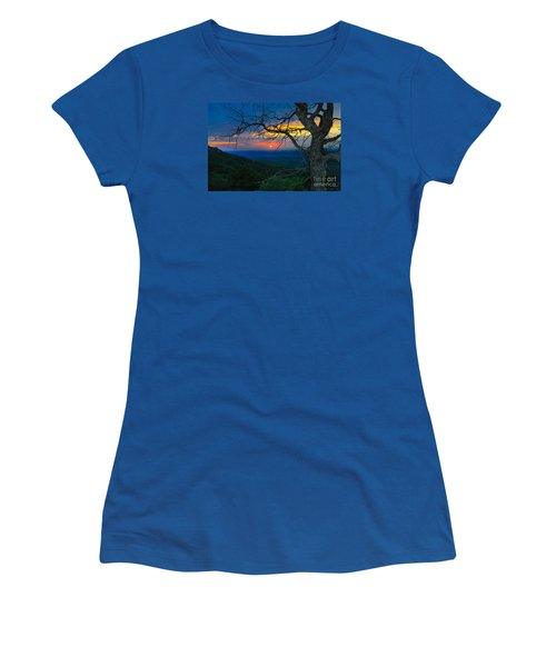 Arkansas Sunset Women's T-Shirt (Athletic Fit)