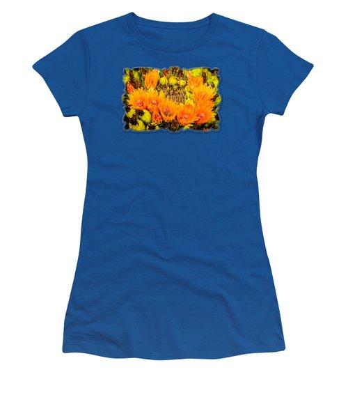 Bee In A Bonnet H56 Women's T-Shirt