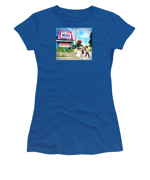 Women's T-Shirt (Junior Cut) featuring the photograph Bel Air  by Patricia L Davidson