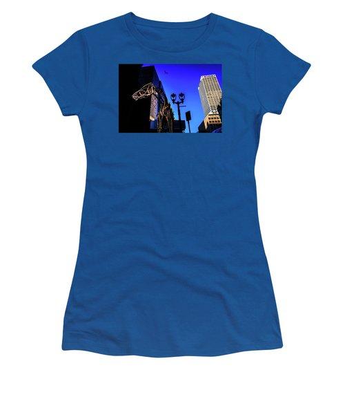 Big Piney Sculpture In Downtown Milwaukee Women's T-Shirt