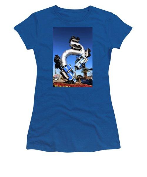 Big Rig Jig Balancing In Vegas Women's T-Shirt