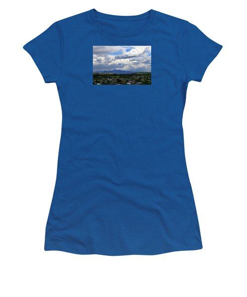 Big Sky Over Oamaru Town Women's T-Shirt (Athletic Fit)