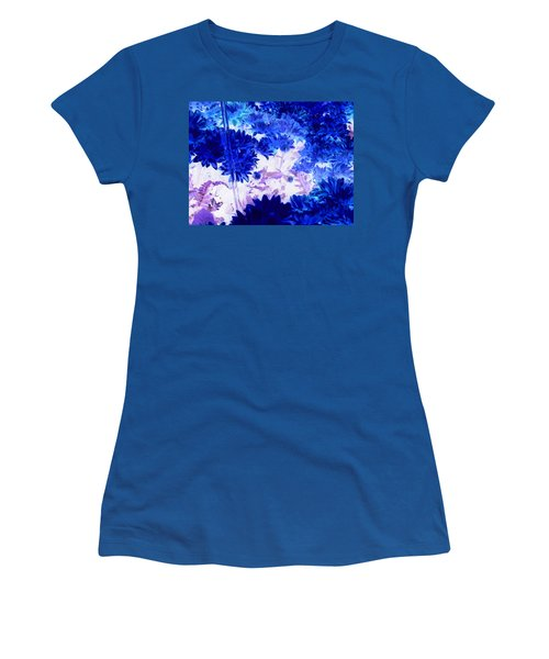Blue Mums And Water Women's T-Shirt