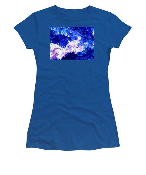 Blue Mums And Water Women's T-Shirt