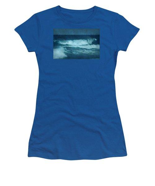 Blue Waves - Jersey Shore Women's T-Shirt