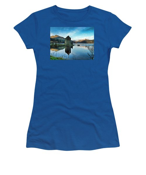 Castle On The Loch Women's T-Shirt (Athletic Fit)