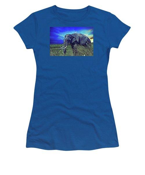 Elle Women's T-Shirt