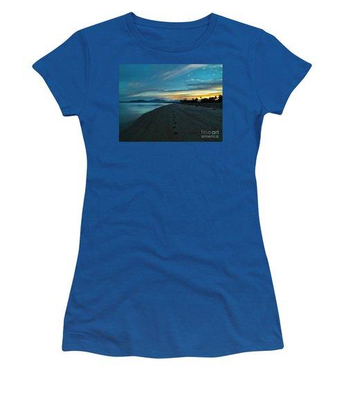 Fiji Dawn Women's T-Shirt (Junior Cut) by Karen Lewis