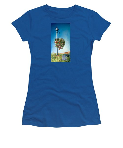 Hanging Basket Women's T-Shirt (Athletic Fit)