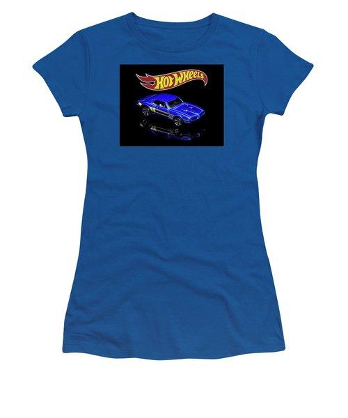 Hot Wheels '67 Pontiac Firebird 400-2 Women's T-Shirt