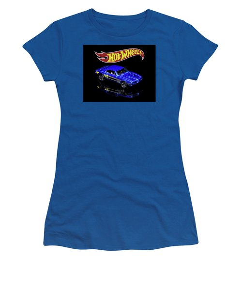 Hot Wheels '67 Pontiac Firebird 400-2 Women's T-Shirt