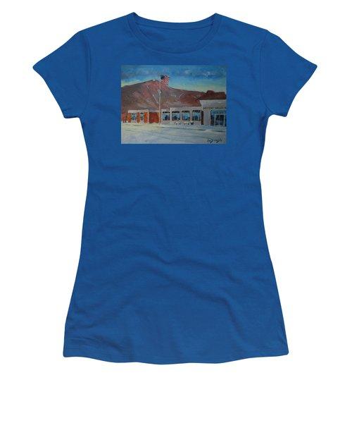 Infinite Horizons Women's T-Shirt (Athletic Fit)