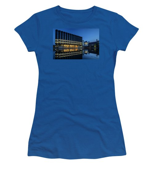 Interesting Architecture At Blue Hour With A Reflection Pool Women's T-Shirt