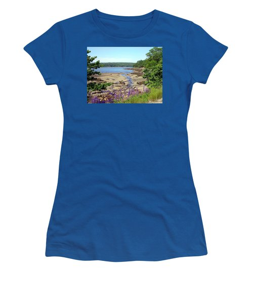 Maine Lupines Women's T-Shirt (Athletic Fit)