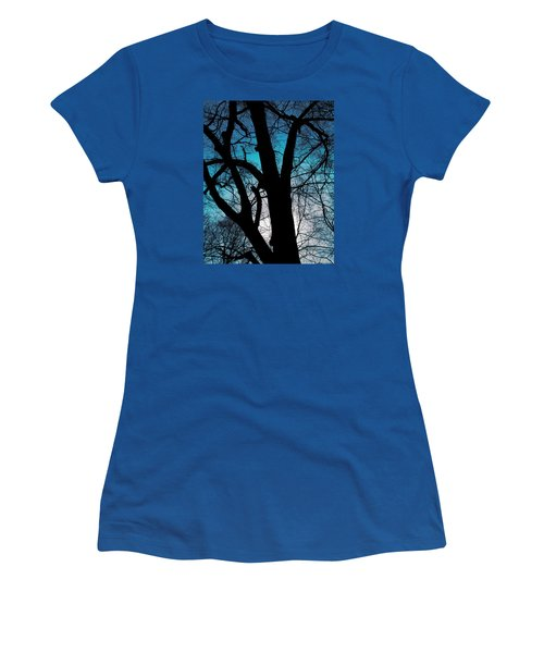 Might Oak 16x20 Women's T-Shirt (Athletic Fit)