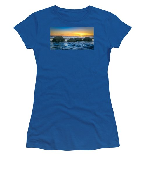 Moeraki Sunrise Women's T-Shirt (Athletic Fit)