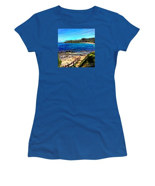 Napili Beach Gazebo Walkway Shower Curtain Size Women's T-Shirt