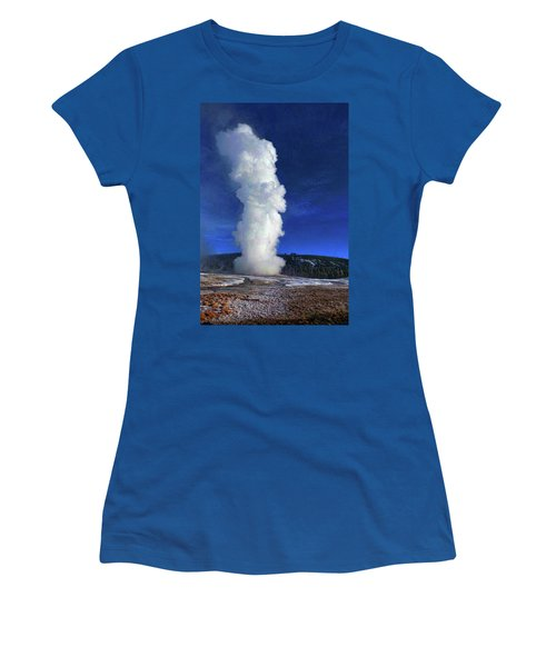 Old Faithful In Winter Women's T-Shirt (Athletic Fit)