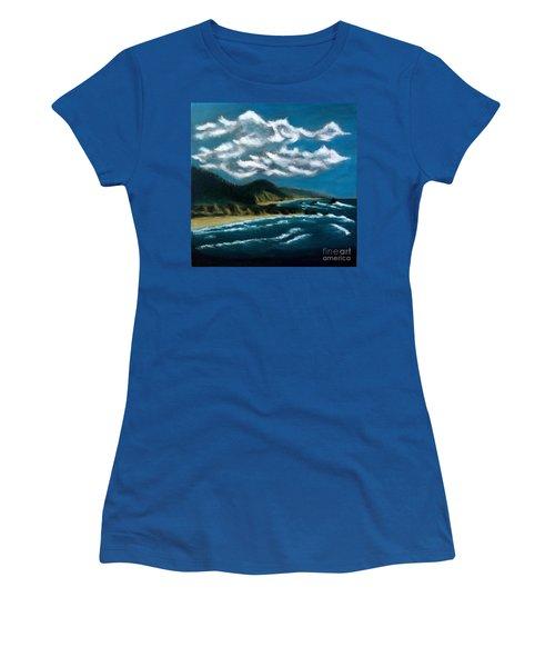 Oregon Coast Women's T-Shirt (Athletic Fit)