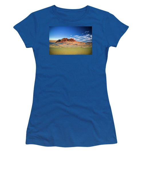 Peaks Of Jockey's Ridge Women's T-Shirt (Athletic Fit)