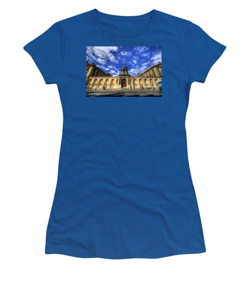 Queens College - Oxford Women's T-Shirt