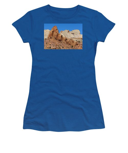 Sandstone Arch At Capitol Reef Women's T-Shirt