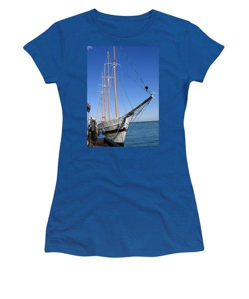 Schooner Women's T-Shirt