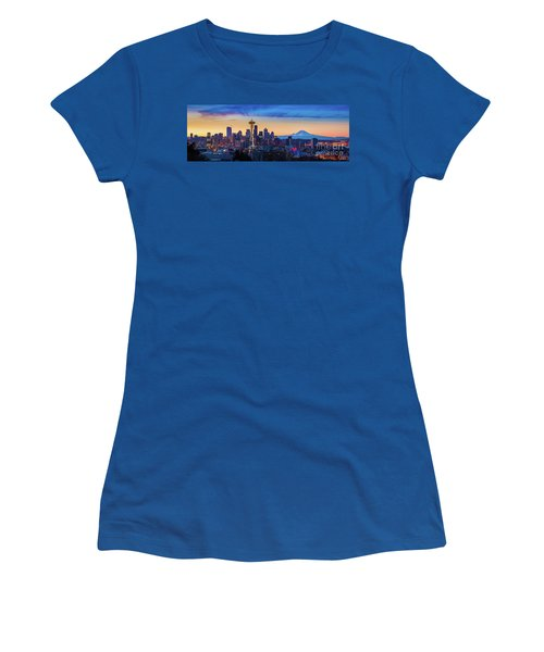 Seattle Dawn Panorama Women's T-Shirt