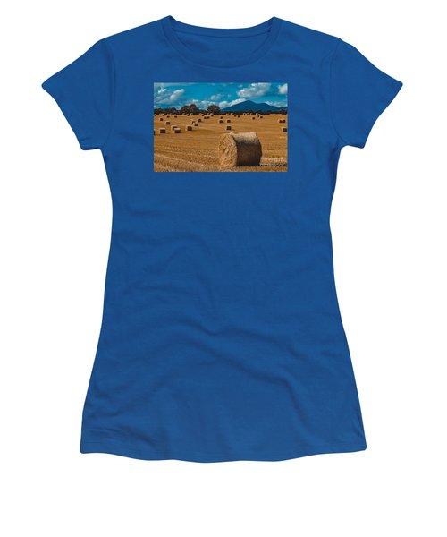 Straw Bale In A Field Women's T-Shirt