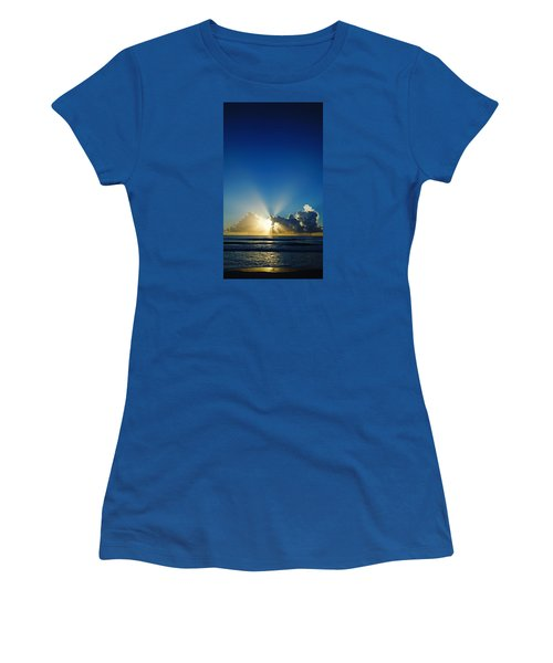 Sun Ray Sunrise Women's T-Shirt (Athletic Fit)
