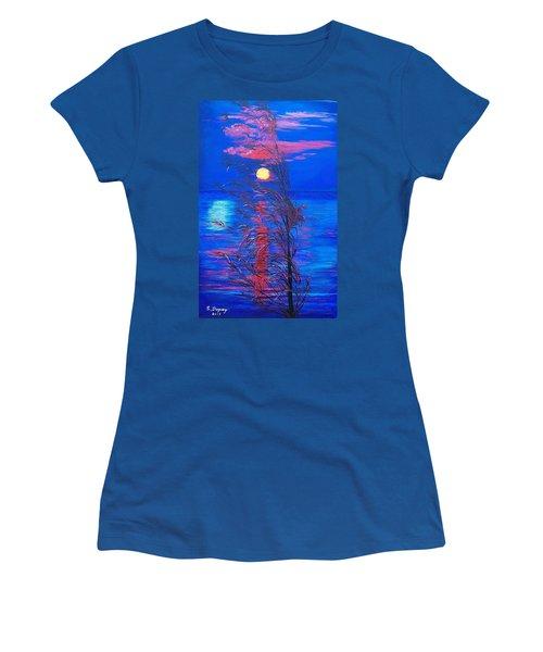 Sunrise Silhouette Women's T-Shirt (Junior Cut)