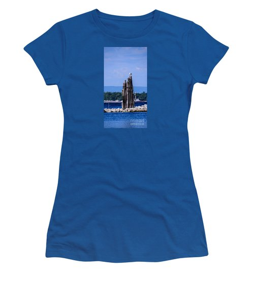 Waiting Women's T-Shirt (Athletic Fit)