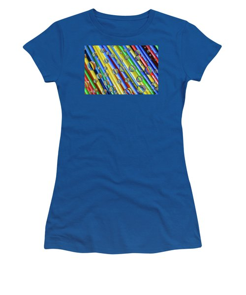 waterDroplets02 Women's T-Shirt (Junior Cut) by Brian Roscorla
