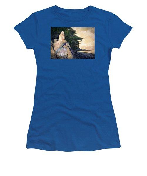 A Mermaid's Tale Women's T-Shirt