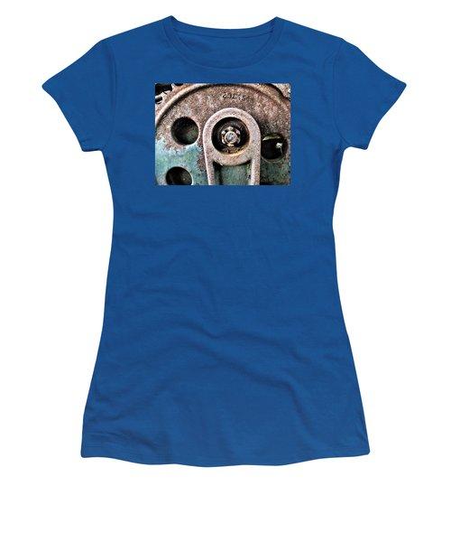 Chain Gear Women's T-Shirt
