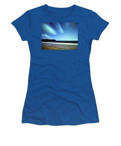 Linear Clouds Over Mayaro Women's T-Shirt